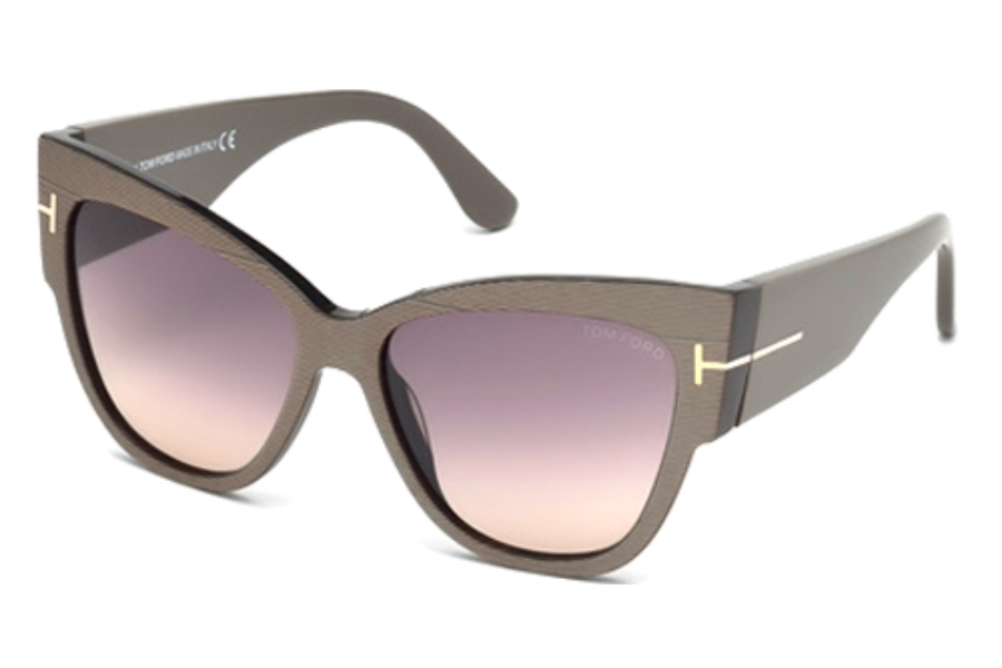Tom Ford FT0371-F Sunglasses in 38B Bronze/Other/Gradient Smoke