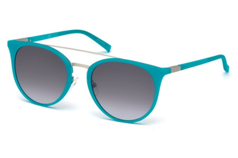 Guess GU 3021 Sunglasses in 88W - Matte Turquoise / Gradient Blue