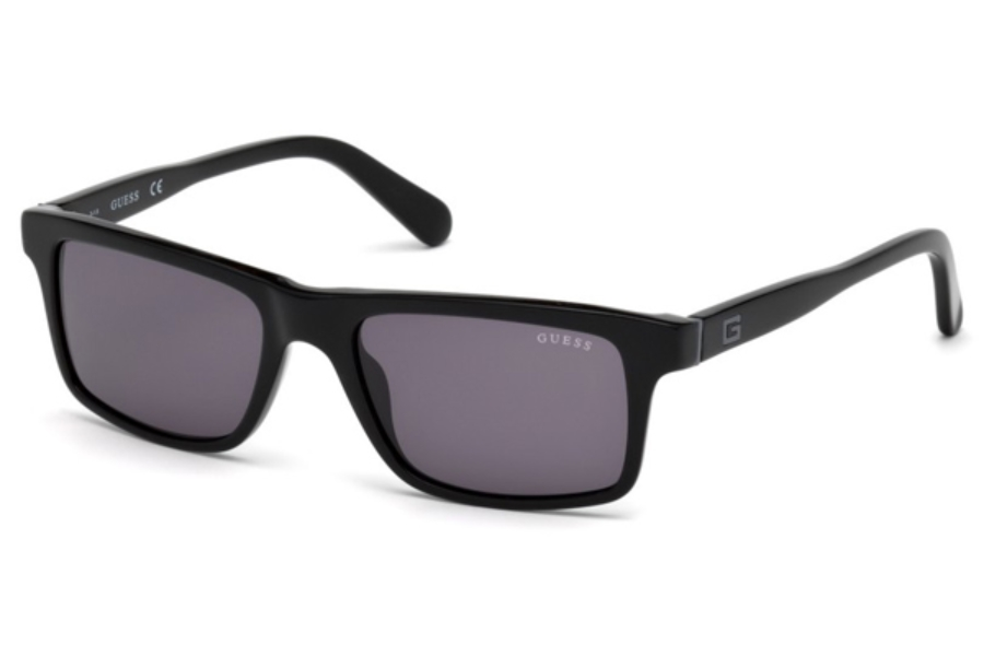 Guess GU 6886 Sunglasses in 01A - Shiny Black / Smoke