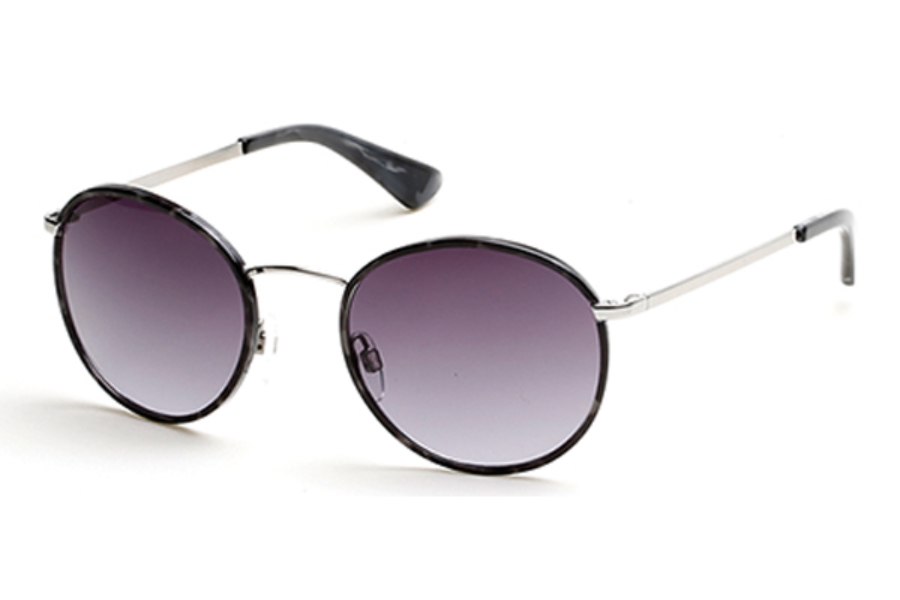 Guess GU 7415 Sunglasses in 10B - Shiny Light Nickeltin / Gradient Smoke