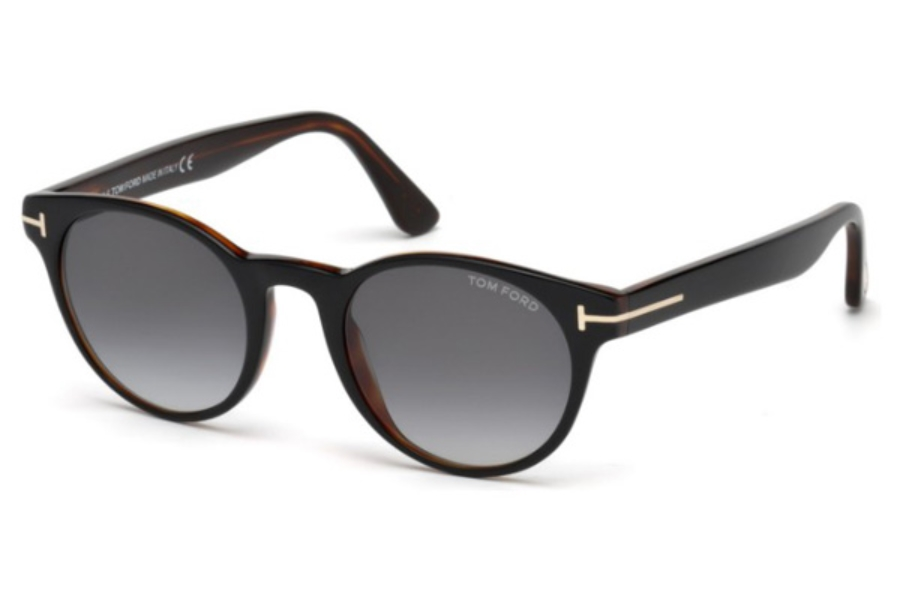 Tom Ford FT0522 Palmer Sunglasses in 05B - Black/other / Gradient Smoke