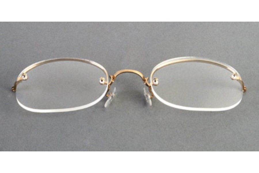 Legendary Looks Art-Bilt Rimway Cable Temples Eyeglasses in GOLD RECTANGLE